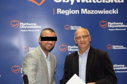Łukasz K. z burmistrzem Zdzisławem Lisem źródło : Toprkryminal.pl FB