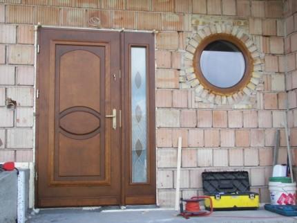 Drewniane drzwi zewnętrzne i wewnętrzne - 7387408791.jpg