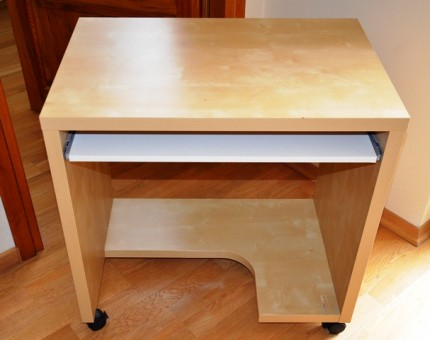IKEA stolik pod komputer - DSC_9850.JPG
