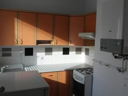 Sprzedam mieszkania:1-pok.31m2 i 2-pok.39m2, możliwość połączenia w jedno 70m2 - Kuchnia.jpg