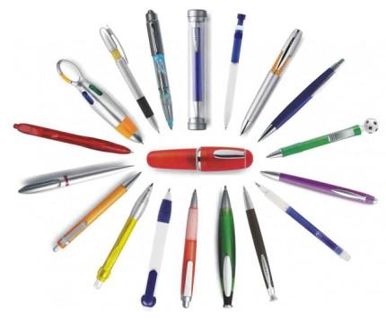 Praca w domu. Składanie długopisów. - dlugopisy.jpg