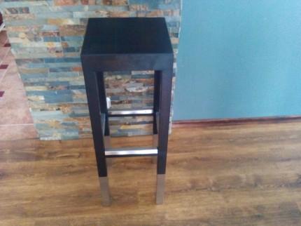 sprzedam stoł barowy z krzesłami firmy Okk Otlewski - 1438441652954.jpg