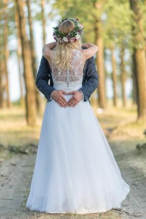 sprzedam suknię  ślubną - 6373504560_5.jpg