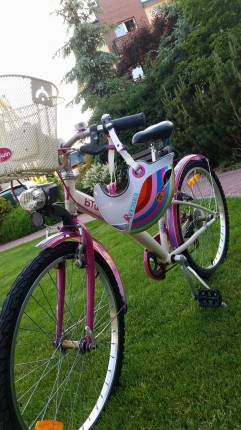 sprzedam rower dla dziewczynki 8-10 lat - 1.jpg