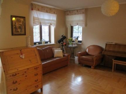 Mieszkanie z ogrodem i garażem/Flat with garden and garage - salon.JPG